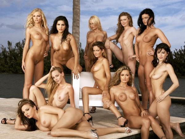 скачать фото голых моделей пентхаус