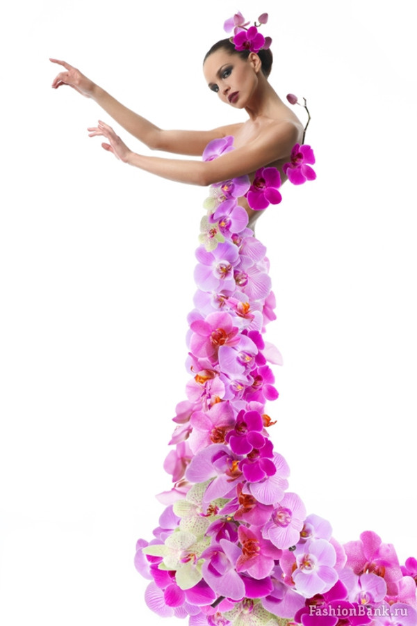 Фото платья из живых цветов
