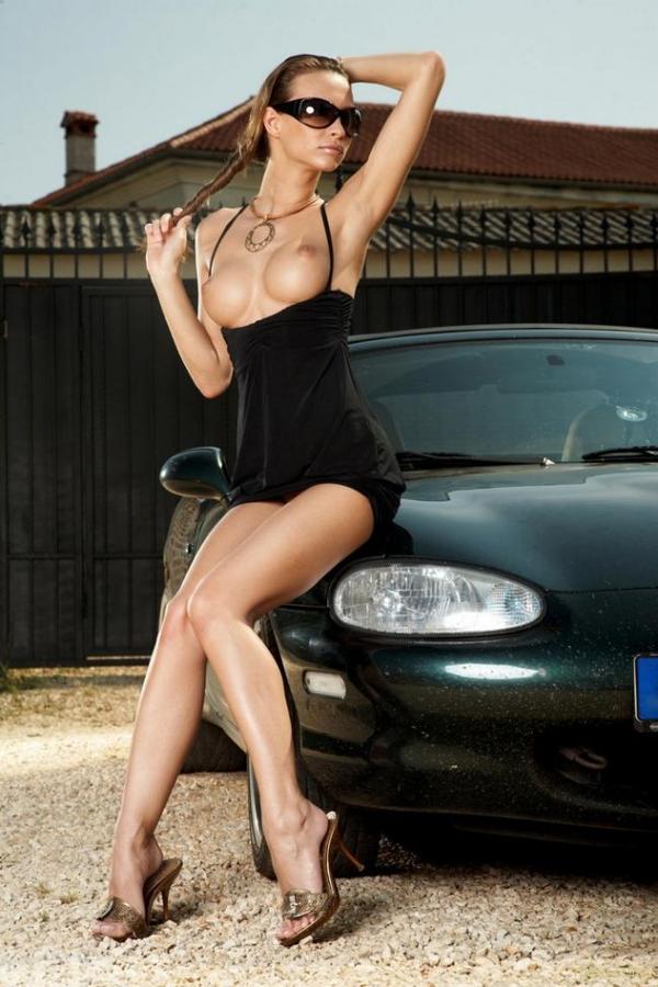 Эро девушка с машина фото фото 350-475