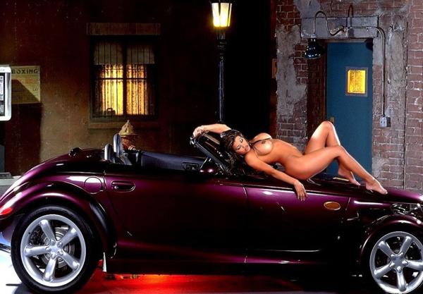 Автомобили и голые девушки фото 40364 фотография