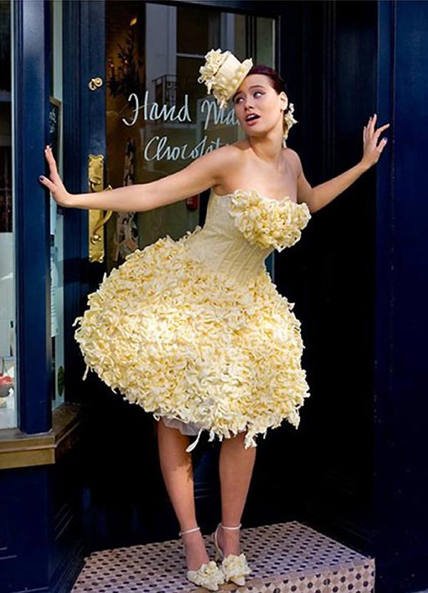 Самое красивое короткое свадебное платье 4